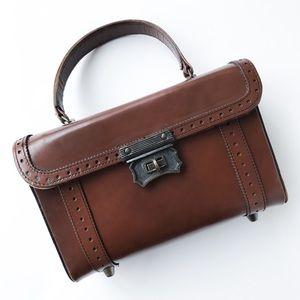Vintage • leather handbag